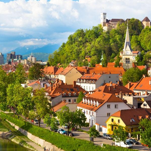 https://avia.tripmydream.com/city/ljubljana