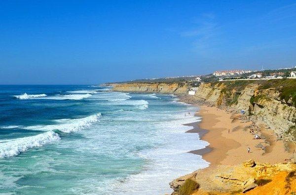 На гребне волны: серфинг в Португалии