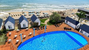 Відпочиваємо в Україні: 10 кращих мор�ьких курортів