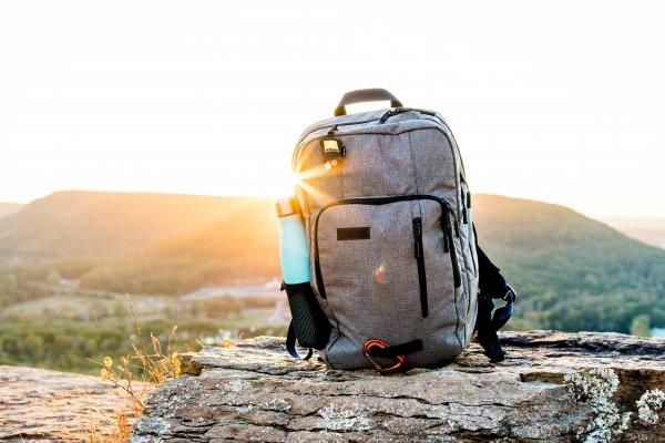 Гайд: нормы провоза багажа и ручной клади 10 популярных авиакомпаний