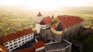 Топ-10 самых красивых замков Украины, которые нужно видеть