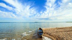 5 неймовірних озер України, які варто відвідати