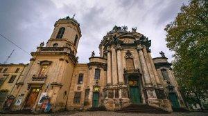 10 украинских храмов, которые поражают красотой