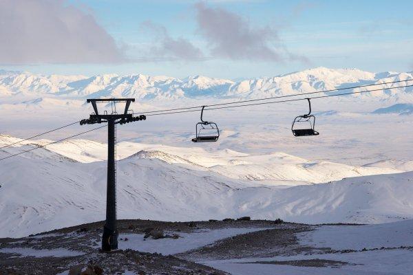 Новый Год на турецком горнолыжном курорте за €235! Прямой рейс SkyUp.