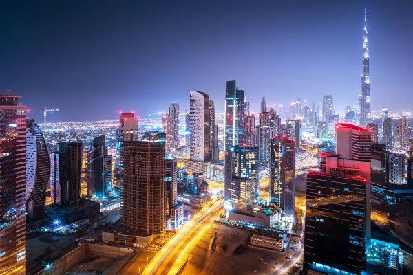 Дубай вводит новые карантинные ограничения