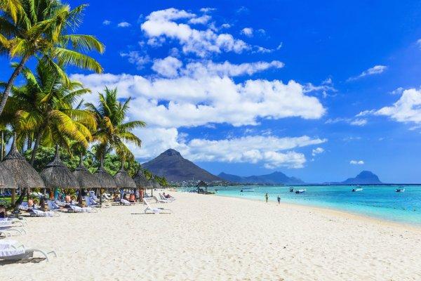 На Маврикии будут бесплатно вакцинировать иностранцев