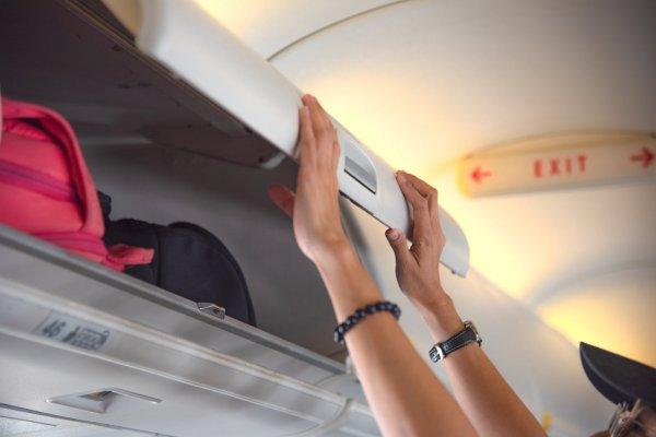 Разбор полетов: чем отличается ручная кладь от личных вещей?