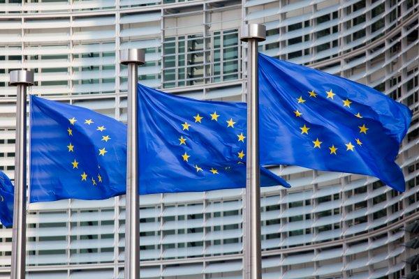 Как будет работать «ковидный» паспорт: Еврокомиссия всё объяснила