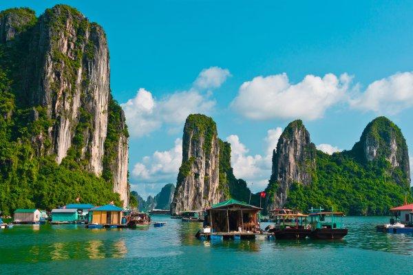 Вьетнам готовится встречать туристов: когда можно ехать?