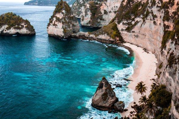 Бали открывается для международных рейсов