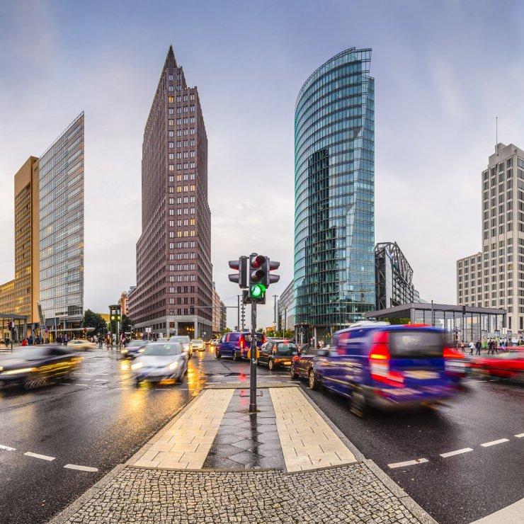 Потсдамская площадь, финансовый центр Берлина