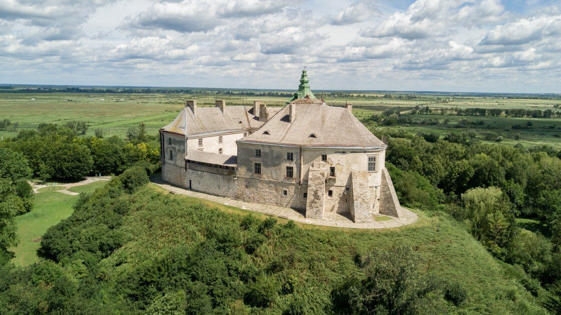 Олесский замок с высоты