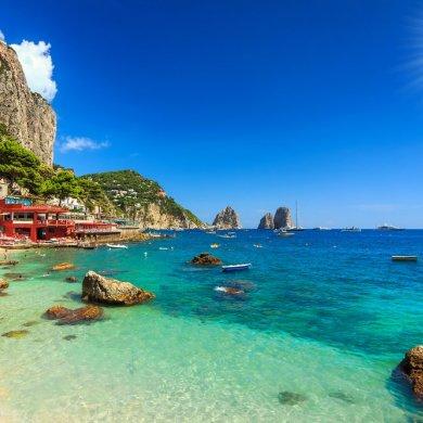 Красивый пляж в Европе острова, Италия