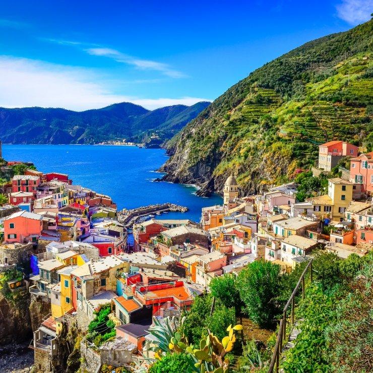 Живописный вид на красочный деревни Вернацца