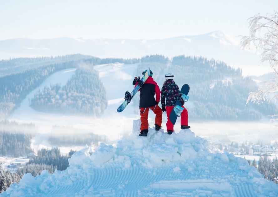 Сноубордисты в Славсом