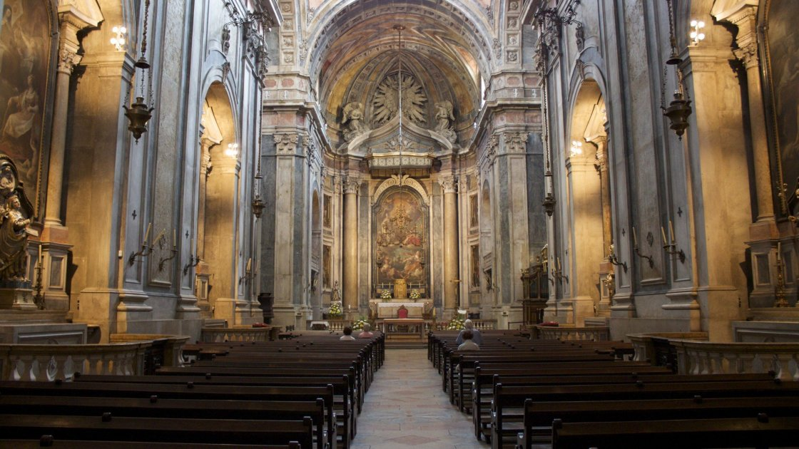 Базилика-да-Эштрела - Лиссабон