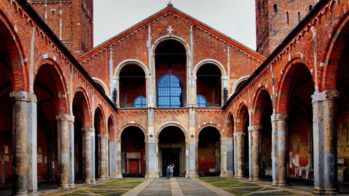 Базиліка Святого Амвросія