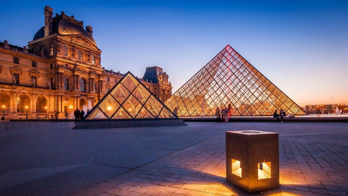 Бесплатный вход в Лувр