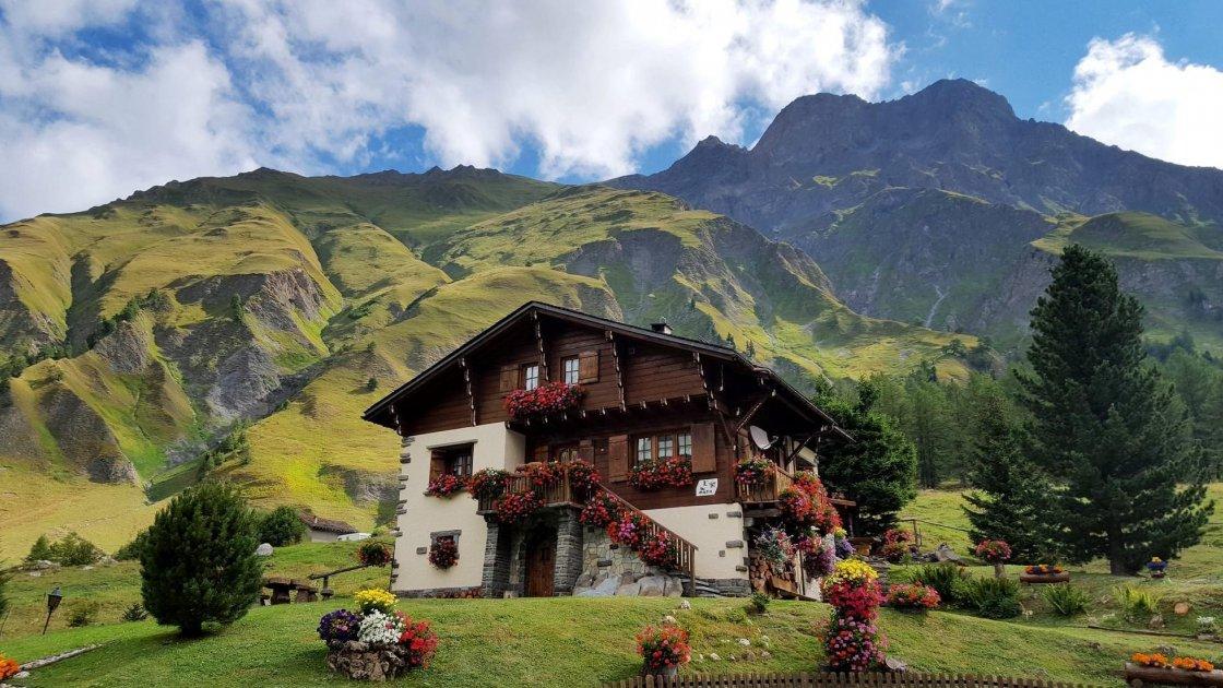 Тур по Монблану, Швейцария