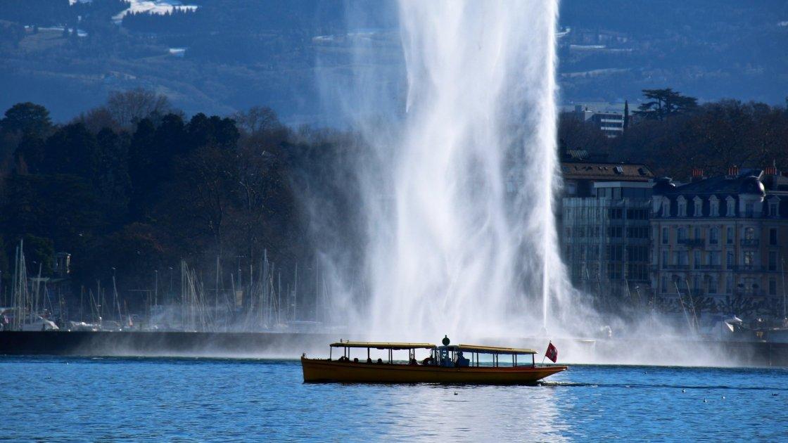 Самостоятельная экскурсия по центру Женевы интересные места фото описание
