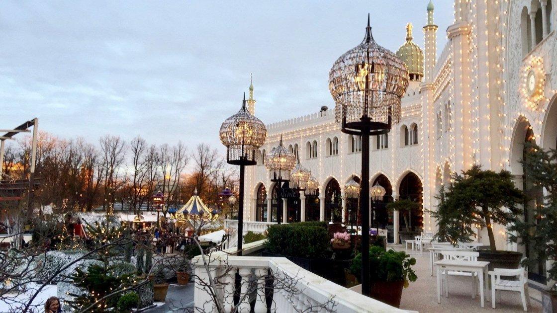 Парк развлечений Tivoli Gardens