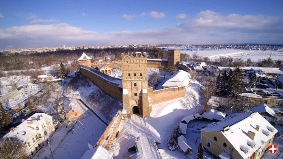 Замок Любарта зимой, Украина