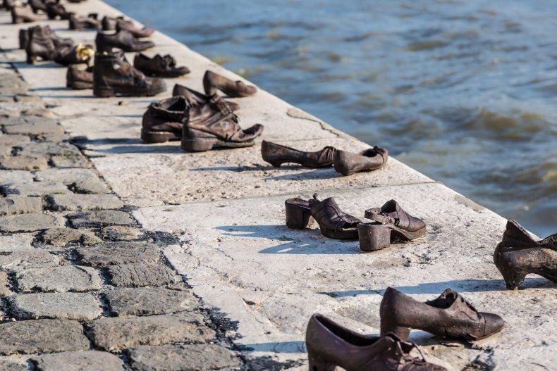 Обувь на Дунае, памятник венгерских евреев