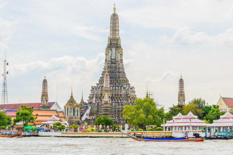 Храм Утренней Зари (Ват Арун), Бангкок