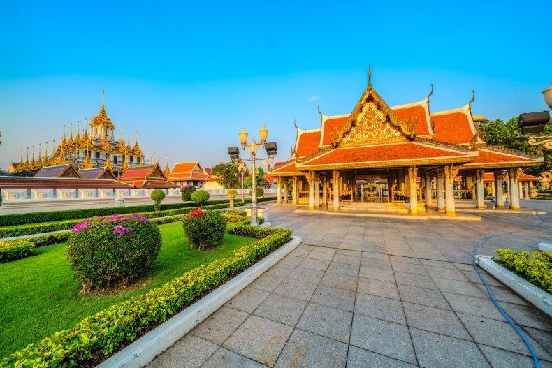 Храм Ратчанатдарам, Бангкок
