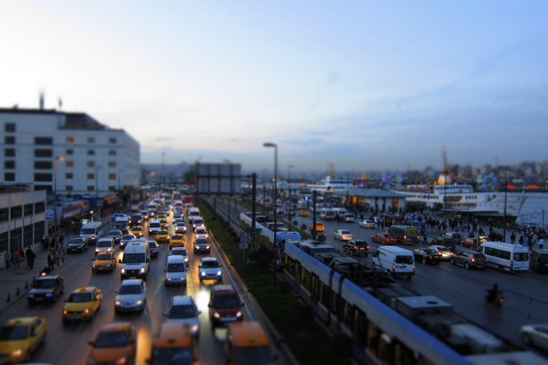 Людной улице в Стамбуле
