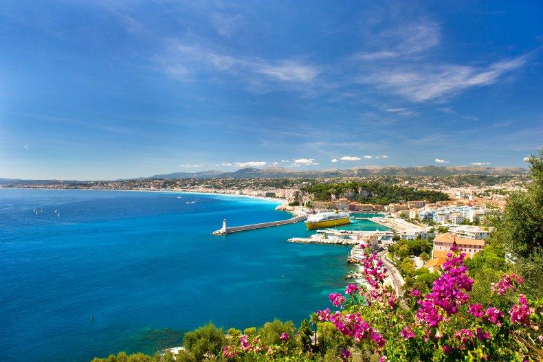 Панорамный вид средиземноморского курорта, Ницца, Лазурный берег