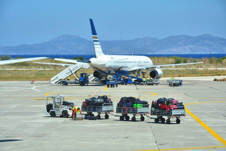 Самолет в аэропорту Родоса