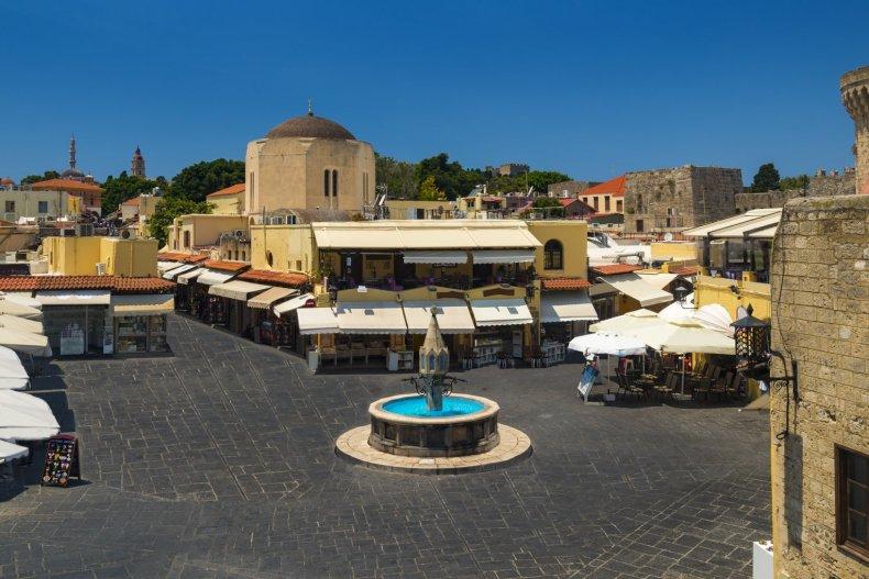 Старый Родос и магазины