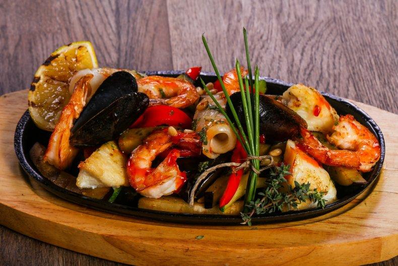 рыбное блюдо в Кальяри