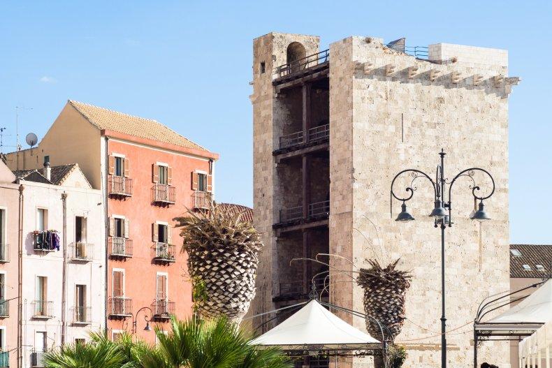 Башня Торре-дель-Элефанте.