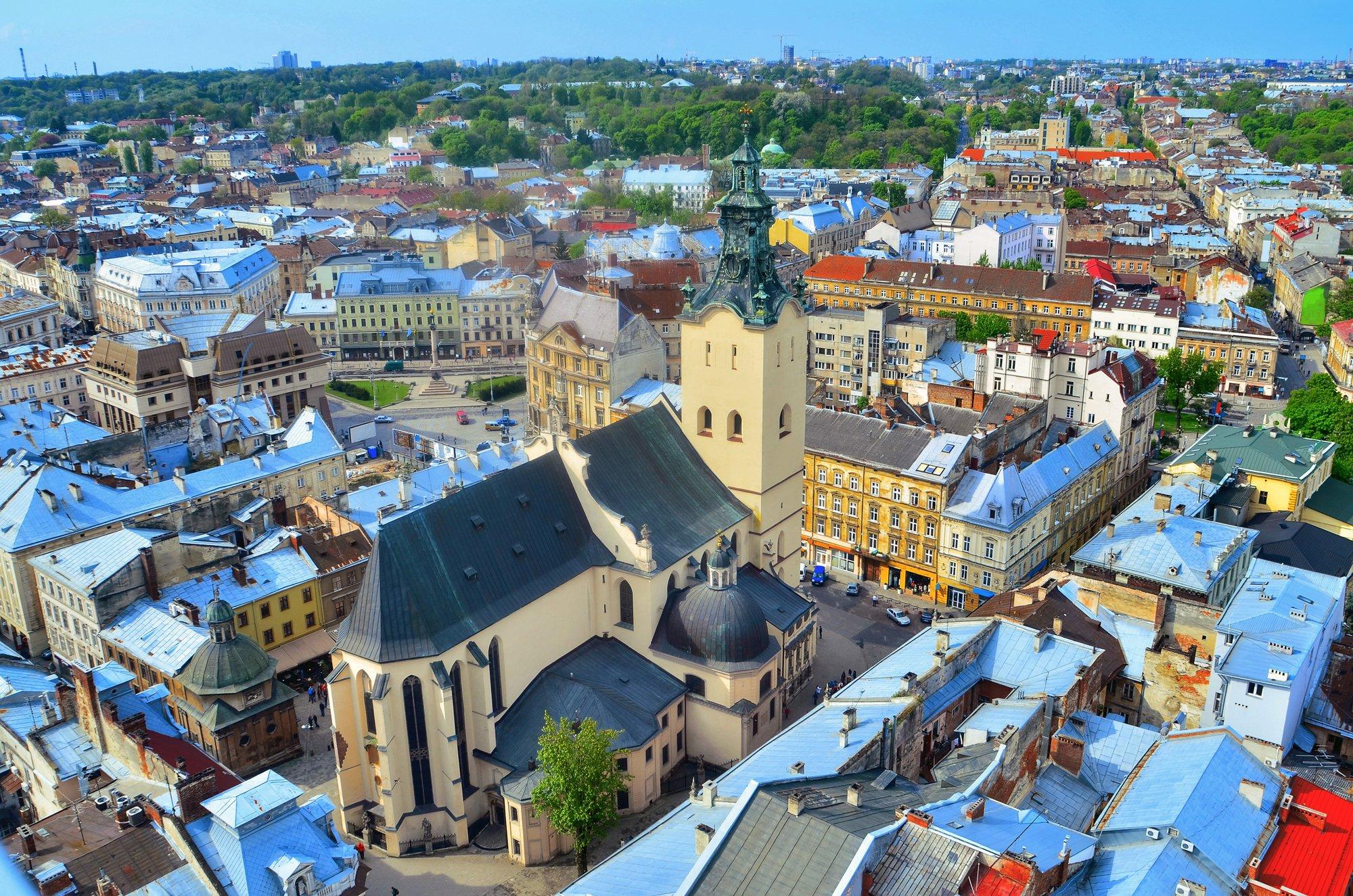 16b1e2ef5fec Шоппинг во Львове  торговые центры, рынки и магазины. Что купить